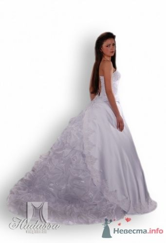 """Фото 10425 в коллекции Свадебные платья. - Студия свадебной моды """"Артрина"""""""