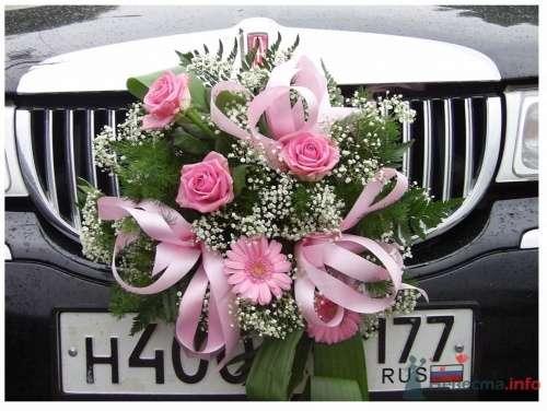 """Вариант украшения лимузина - фото 11447 Свадебная компания """"Гвендалин"""""""