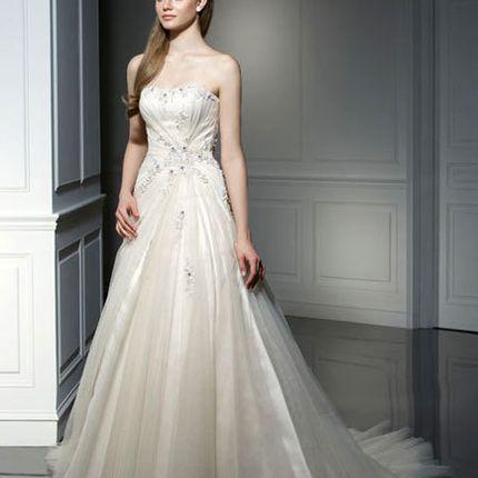Свадебное платье мод. 2025