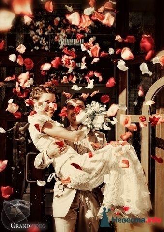 Фото 121063 в коллекции Мои фотографии - Невеста01