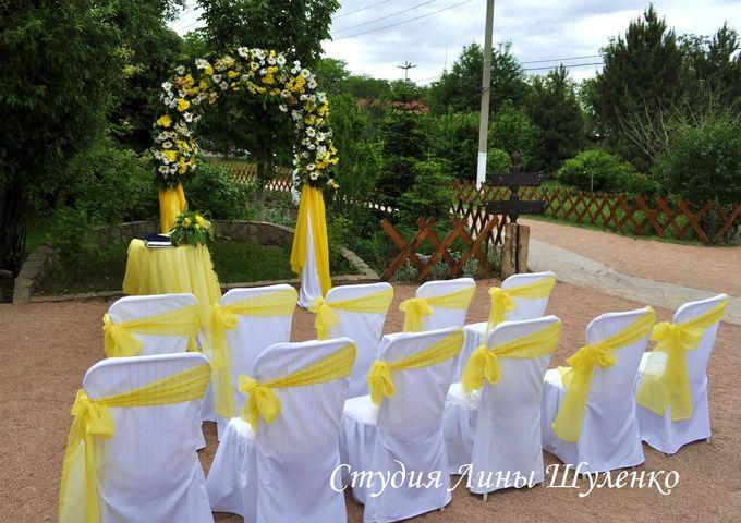 Выездная регистрация в Симферополе.бело-желтая свадьба в Крыму.