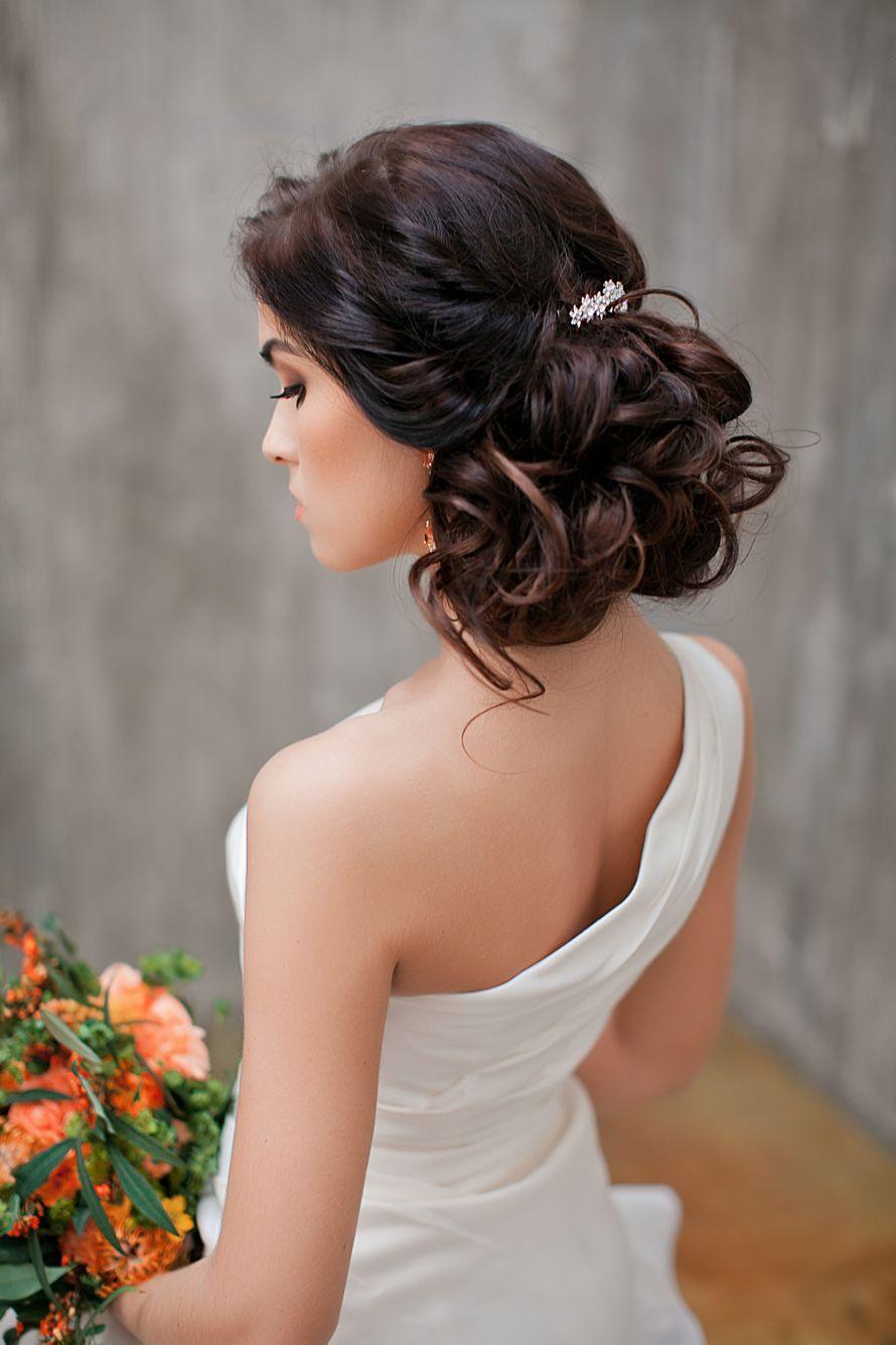 Прическа на свадьбу в греческом стиле на средние волосы