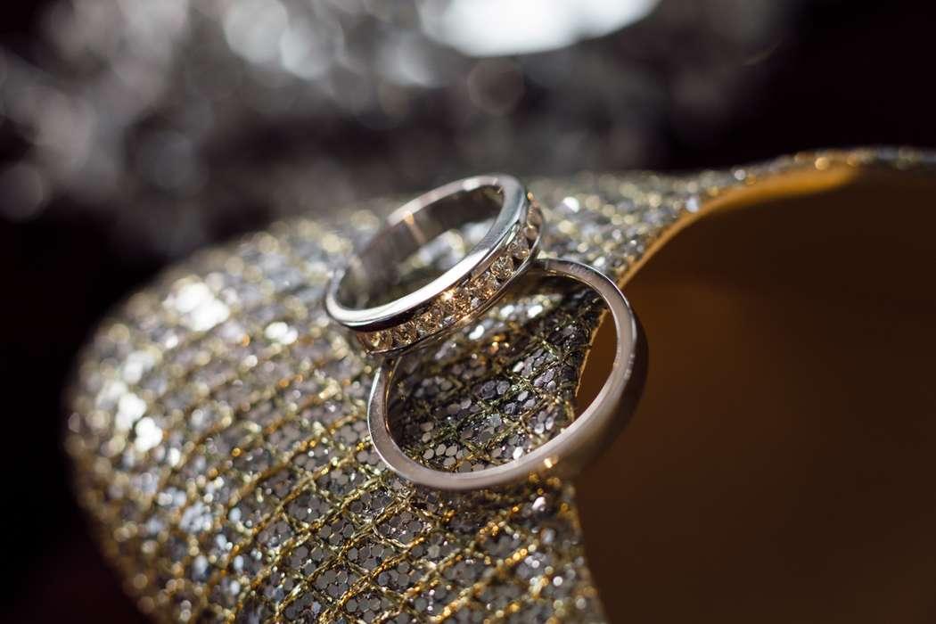 Дорогие свадебные кольца в Москве - фото 16795702 Видеограф Сергей Рыбаков