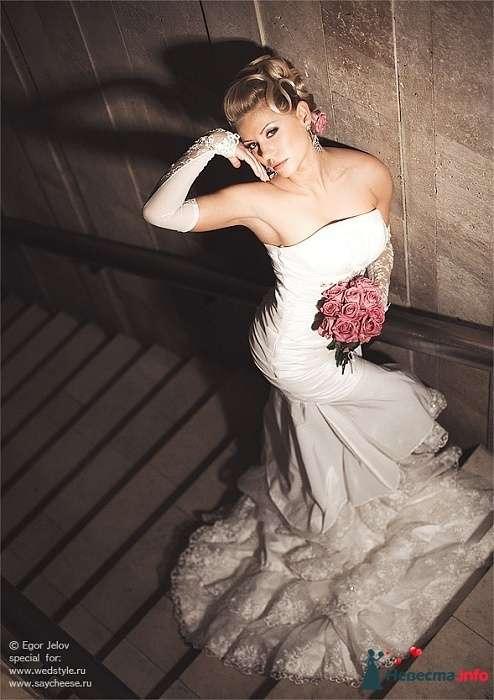 Фото 131857 в коллекции Чемпионат свадебных стилистов Wedding Style 2010 - Свадебный стилист Юлия Зайченко