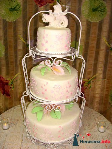 """Фото 128176 в коллекции Свадебные торты - """"Мир Любви"""" - студия свадебных услуг"""