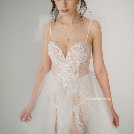 Платья в стиле Berta