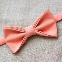 Галстук-бабочка персикового цвета. Стоимость бабочки - 790р.  Чтобы заказать пишите в л.с.  или по т. +7 950 038 54 26