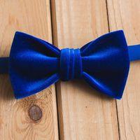 Бархатная бабочка из бархата синего цвета. Стоимость - 1000р.  Чтобы заказать пишите в л.с.  или по т. +7 952 216 48 01