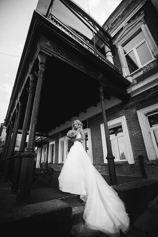 Невеста на прогулке - фото 3144649 Фотограф Алексей Снитовец