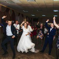 Флешмоб на празднике Just dance (повторяй движения)