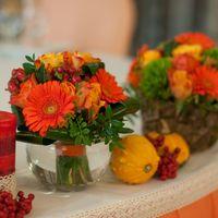 оформление стола молодых тыквы рябина осенний декор