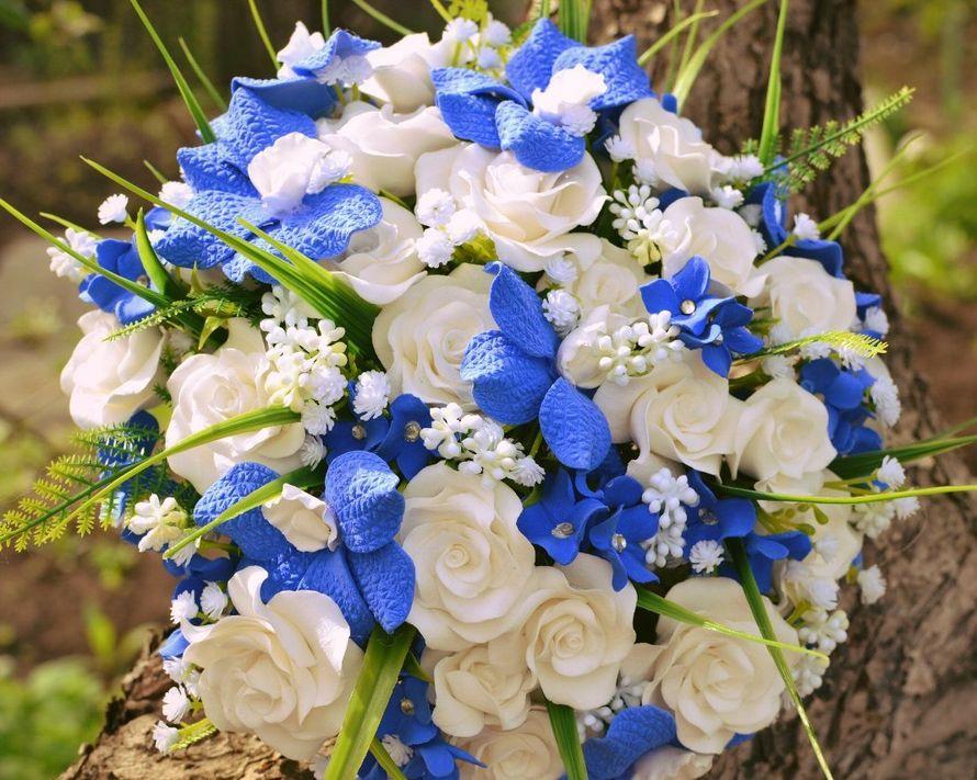 тринадцатилетнем возрасте синие букеты цветов картинки центре расположено