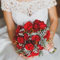 розы пинано, дополненные листиками забыла как называются и чем-то еще)))