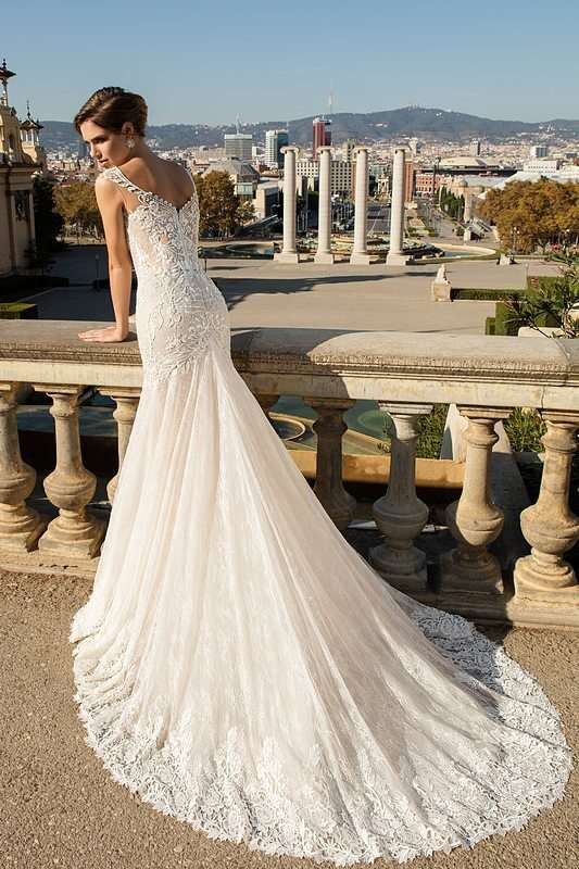 Aneiti - фото 14011662 Bondi blue - салон свадебных платьев