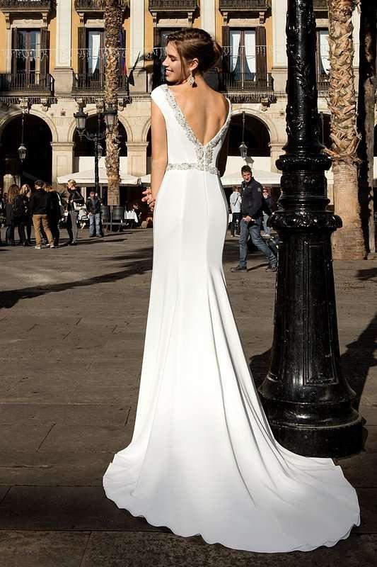 Fillis - фото 14011668 Bondi blue - салон свадебных платьев
