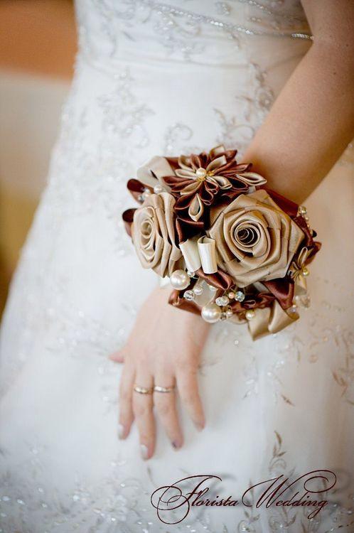 Еды, свадебный букет невесты 1000 рублей спб