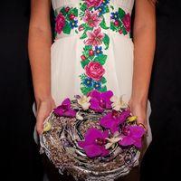 стильный и смелый букет невесты