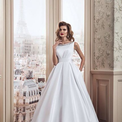 Свадебное платье - модель А890 в аренду