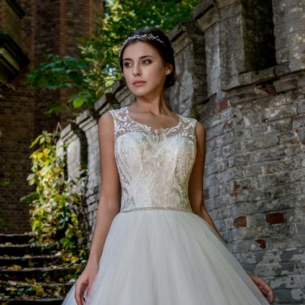 Свадебное платье, арт. А909 в аренду