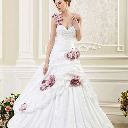 Свадебное платье А-силуэта А1144 в аренду