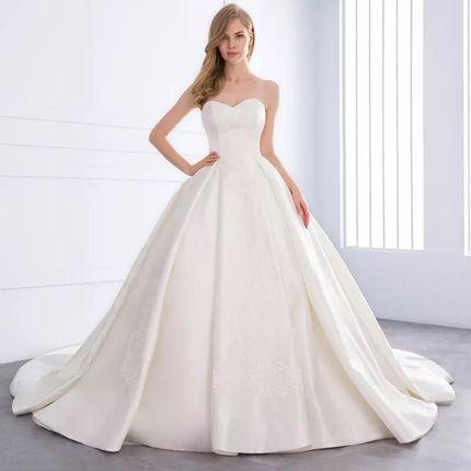 Платье со шлейфом А1454
