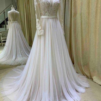 Платье со шлейфом А1770