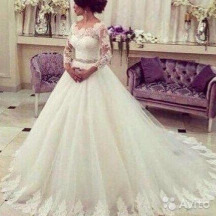 Платье со шлейфом А1828