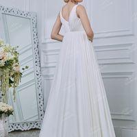 Свадебное платье А1995. Продажа 14.500 руб. Прокат свадебных и вечерних платьев от 1.900 руб. до 14.500 руб. Есть отдельно ряд платьев для проката!