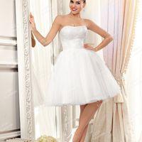 Свадебное платье А1997. Продажа 15.500 руб. Прокат свадебных и вечерних платьев от 1.900 руб. до 14.500 руб. Есть отдельно ряд платьев для проката!