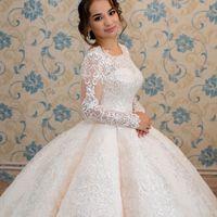 Свадебное платье А2008. Продажа 27.500 руб. Прокат свадебных и вечерних платьев от 1.900 руб. до 14.500 руб. Есть отдельно ряд платьев для проката!
