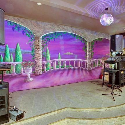 Профессиональное музыкальное оборудование в большом зале