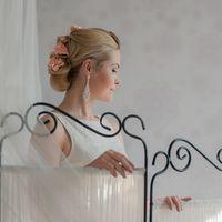 Стилист Ольга Силаева. Образ невесты. Свадебная прическа с цветами, свадебный макияж