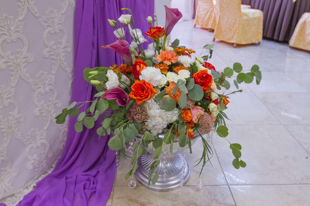вазы с цветами - фото 3311553 DIAMANTE-deco студия свадебного дизайна