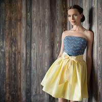 Dzintary-mini Короткая вариация на тему платья Dzintary.. Это платье выделено в дизайнерскую линию I.N.SOUL Ткани и материалы: шелковая тафта, джинс Цвет платья: молочный, кремов