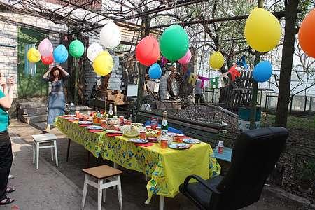Украсить двор на день рождения ребенка своими руками 82