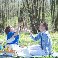 бабочка, невеста, жених, любовь,улыбка,поцелуй,свадьба в голубом,синяя лента, сердечки,природа,лес,нежность,жевачки,лав из,love is, бутылочки в газировкой
