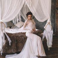 свадебное платье с рукавами и открытой спиной 2017
