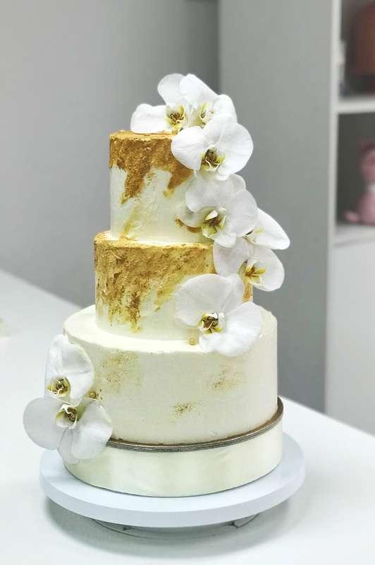 Торт с Орхидеями  стоимость 1900 Р/кг - закажите торт за 1 месяц или ранее и получите каждый 3-ий кг в подарок - фото 17665310 Sweet - кафе-кондитерская