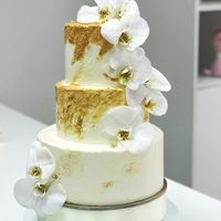 Торт с Орхидеями  стоимость 1900 Р/кг - закажите торт за 1 месяц или ранее и получите каждый 3-ий кг в подарок