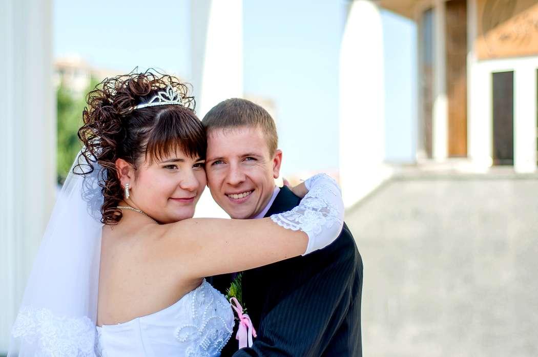 жених и невеста-объятия - фото 1966747 Фотограф Красова Юлия