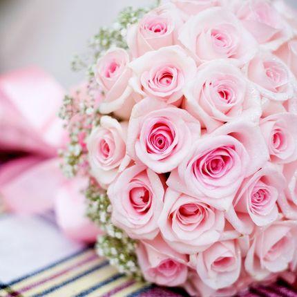 Украшение  зала цветами, шарами, экибаной