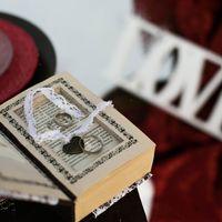 Книга-подставка для колец