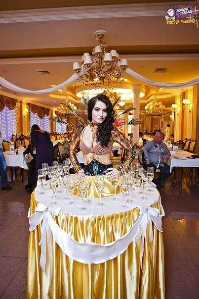 Леди Фуршет - украсит и внесет особый колорит в Торжество! - фото 2011097 Шоу-балет Cardinal Pro