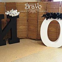 Захватывающая дух строгость классической черно-белой свадьбы Игоря и Ольги 15 августа 2015 г. Высота букв 120 см.