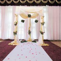 шатер для регистрации и венчания оформленный тканью и цветами