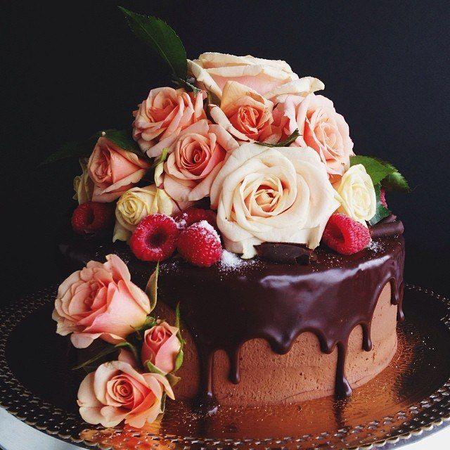 Картинки, торт и цветы открытка