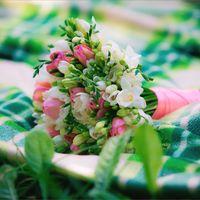 Букет невесты с бело-розовых тонах