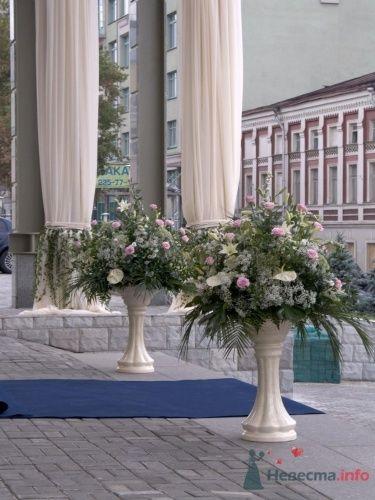 Фото 17753 в коллекции Свадьба Дианы Гуртской в Форум Холе - АртСалон - свадебная флористика