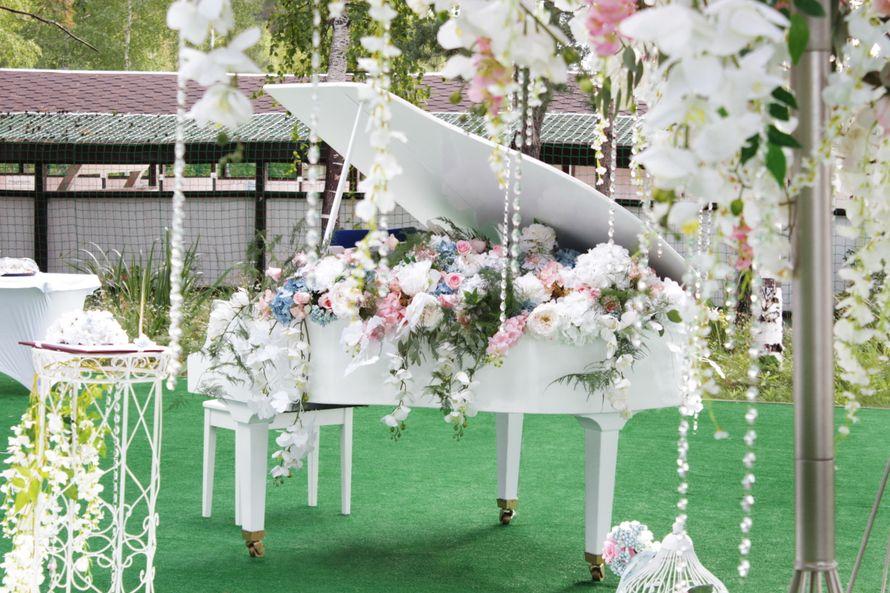 """Аренда белого рояля - фото 12194230 Праздничная компания """"Колесница судеб"""""""