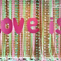 элемент декора свадьбы в стиле Love is...